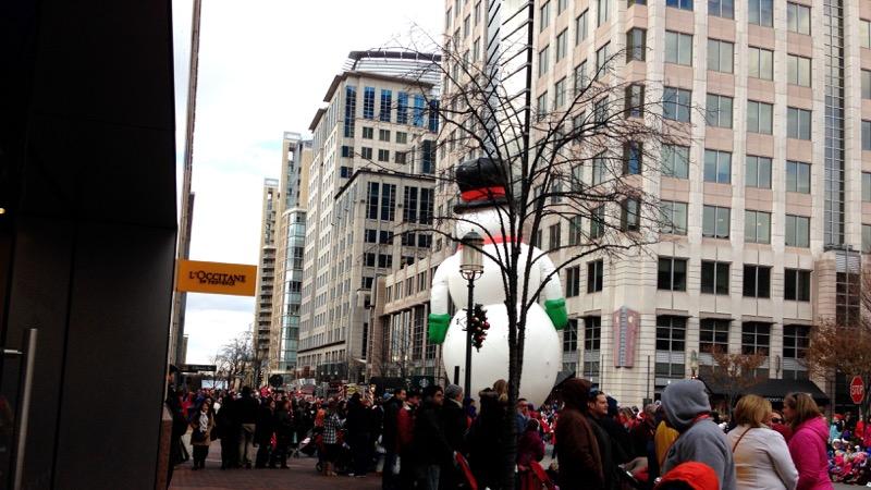 Festive mob versus giant snowman
